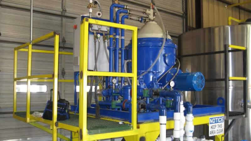 Centrifuge for water and WVO separation from yellow grease